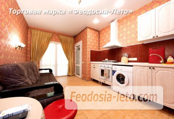 Дом у моря в Феодосии на Черноморской набережной - фотография № 6
