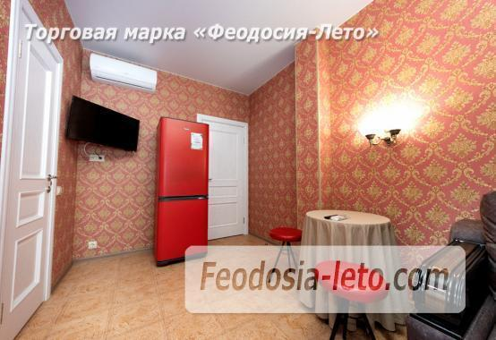 Дом у моря в Феодосии на Черноморской набережной - фотография № 9