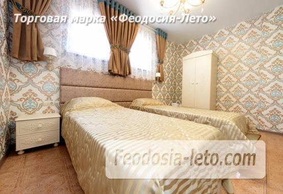 Дом у моря в Феодосии на Черноморской набережной - фотография № 10