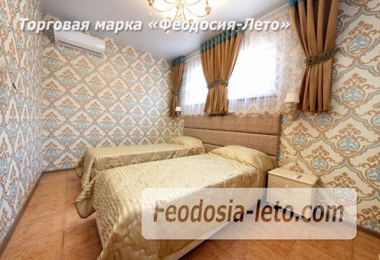 Дом у моря в Феодосии на Черноморской набережной - фотография № 11