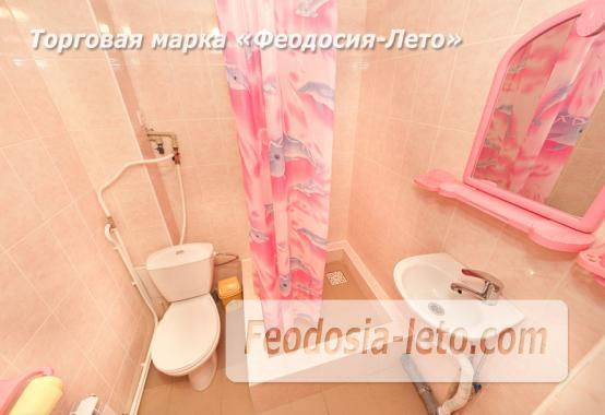 Дом отдыха в Феодосии напротив Черноморской набережной на улице Федько - фотография № 19