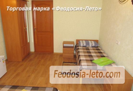 Дом отдыха в Феодосии напротив Черноморской набережной на улице Федько - фотография № 20