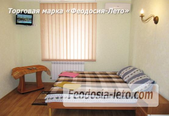 Дом отдыха в Феодосии напротив Черноморской набережной на улице Федько - фотография № 22