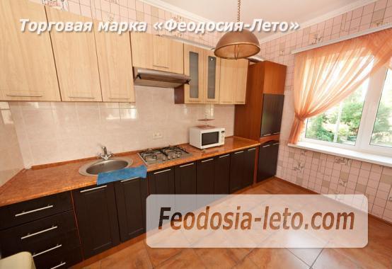 Дом отдыха в Феодосии напротив Черноморской набережной на улице Федько - фотография № 3
