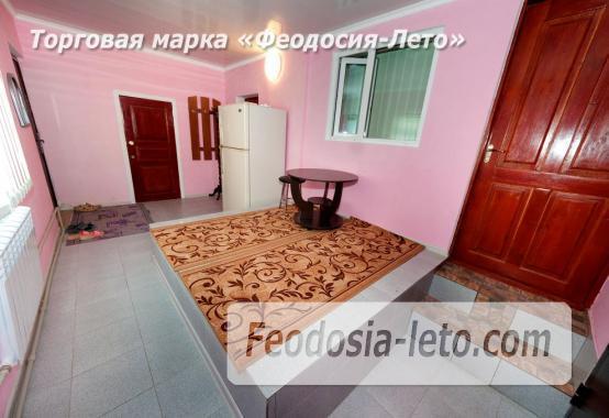 Дом у моря в Феодосии, улица Чехова - фотография № 16