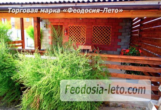Частный сектор в посёлке Береговом Феодосия, улица Коронелли - фотография № 11