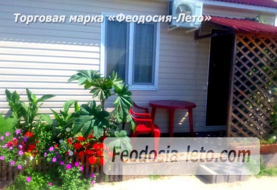 Частный сектор в посёлке Береговом Феодосия, улица Коронелли - фотография № 15