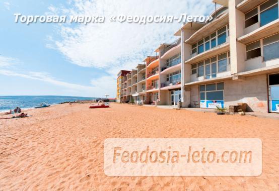Эллинг  в Феодосия на Золотом пляже - фотография № 1