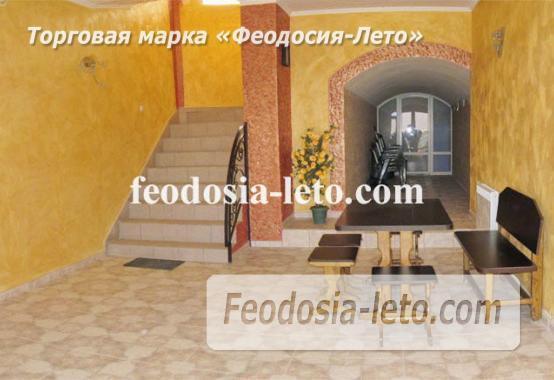 Эллинги в Феодосии рядом с Генуэзской крепостью - фотография № 6