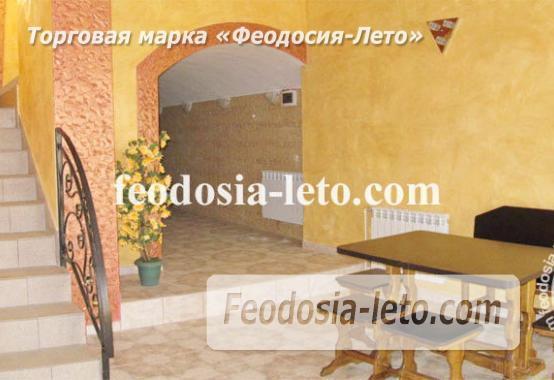 Эллинги в Феодосии рядом с Генуэзской крепостью - фотография № 5