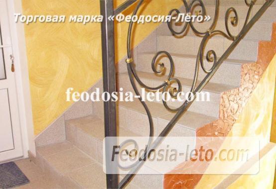 Эллинги в Феодосии рядом с Генуэзской крепостью - фотография № 11