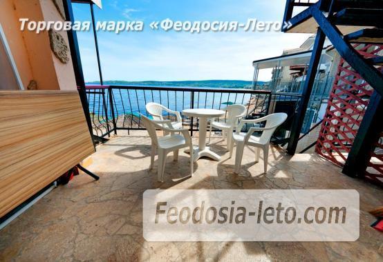 Феодосия эллинг с кухней в номерах на Черноморской набережной - фотография № 3
