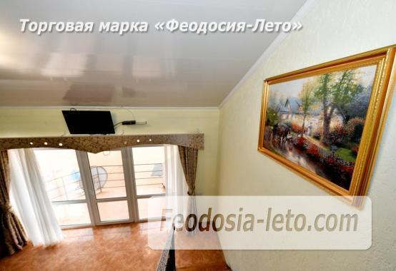 С кухней на берегу моря эллинг в Феодосии с видом на море из 3-х комнат - фотография № 11
