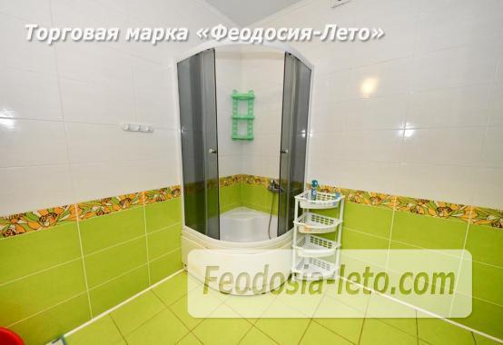 С кухней на берегу моря эллинг в Феодосии с видом на море из 3-х комнат - фотография № 22