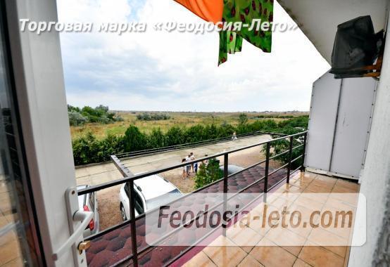 С кухней на берегу моря эллинг в Феодосии с видом на море из 3-х комнат - фотография № 23