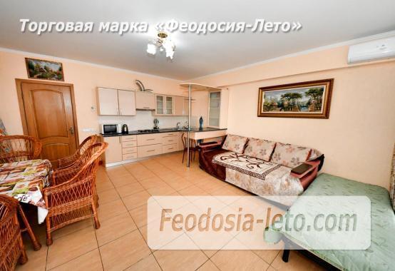 С кухней на берегу моря эллинг в Феодосии с видом на море из 3-х комнат - фотография № 12