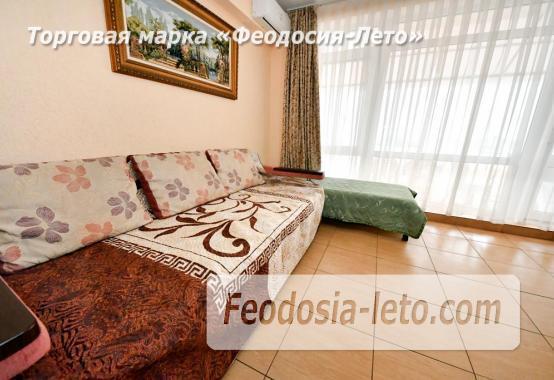 С кухней на берегу моря эллинг в Феодосии с видом на море из 3-х комнат - фотография № 14
