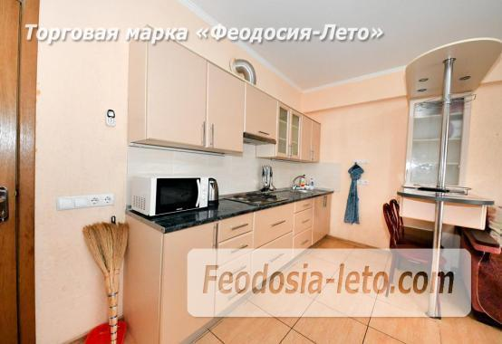 С кухней на берегу моря эллинг в Феодосии с видом на море из 3-х комнат - фотография № 15