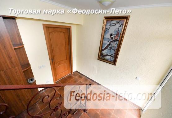 С кухней на берегу моря эллинг в Феодосии с видом на море из 3-х комнат - фотография № 17