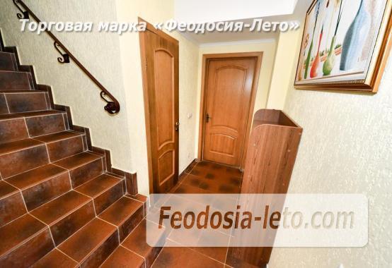 С кухней на берегу моря эллинг в Феодосии с видом на море из 3-х комнат - фотография № 19