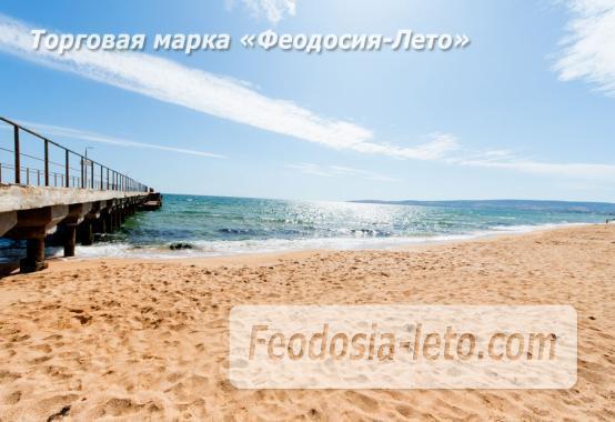 Эллинги в Феодосии на Золотом пляже - фотография № 1