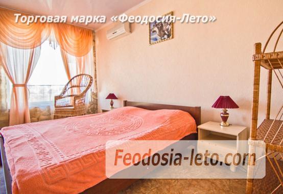 Эллинг в Феодосии с видом на море - фотография № 18