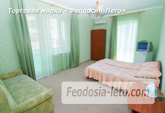 Эллинг в 10 метрах от пляжа на Черноморской набережной в Феодосии - фотография № 6