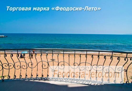 Эллинг на Золотом пляже в Феодосии - фотография № 8