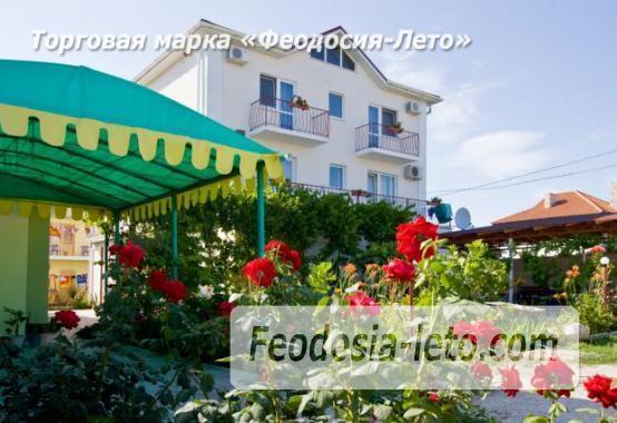 Гостевой дом на улице Лазурная в посёлке Береговое в Феодосии - фотография № 1