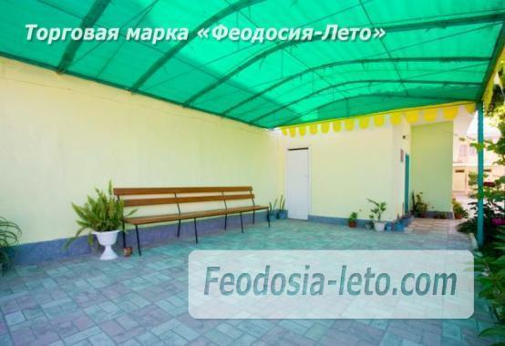 Гостевой дом на улице Лазурная в посёлке Береговое в Феодосии - фотография № 2