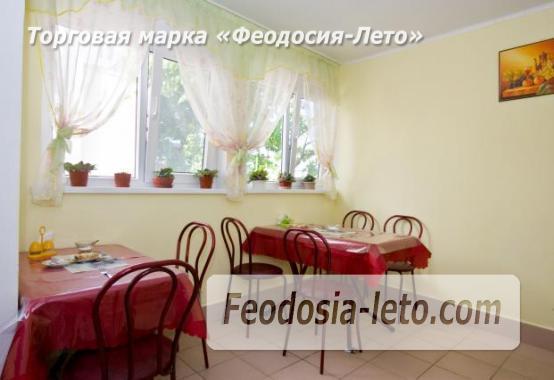 Гостевой дом на улице Лазурная в посёлке Береговое в Феодосии - фотография № 6