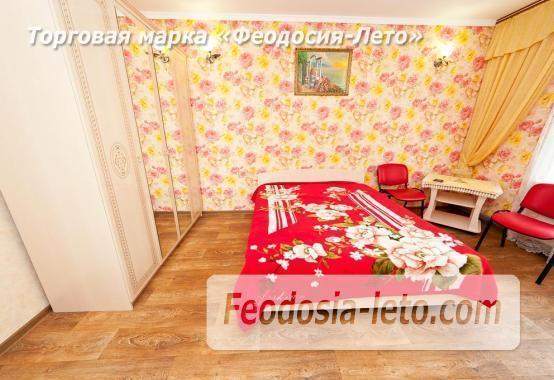Гостевой дом в Феодосии рядом с Черноморской набережной - фотография № 2