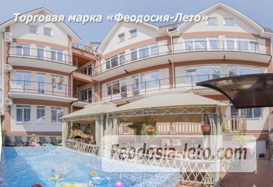 Гостевой дом в Феодосии с бассейном на улице Чкалова - фотография № 1