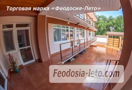 Гостевой дом в Феодосии с бассейном на улице Чкалова - фотография № 32