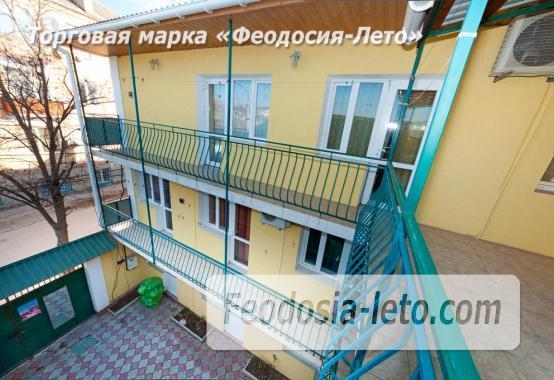 Гостевой дом в Феодосии на берегу моря, улица Пушкина - фотография № 3