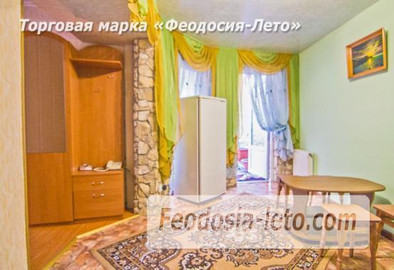 Гостевой дом в Феодосии в центре и рядом с набережной,  улица Куйбышева - фотография № 8