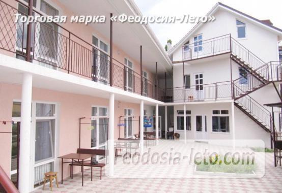 Гостиница на берегу моря в Феодосии по переулку Танкистов - фотография № 1