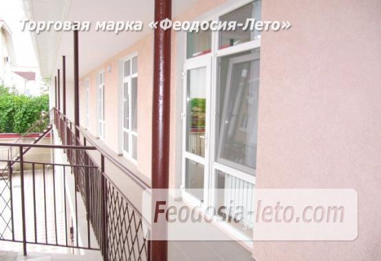 Гостиница на берегу моря в Феодосии по переулку Танкистов - фотография № 4