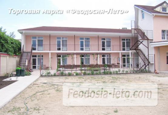Гостиница на берегу моря в Феодосии по переулку Танкистов - фотография № 2