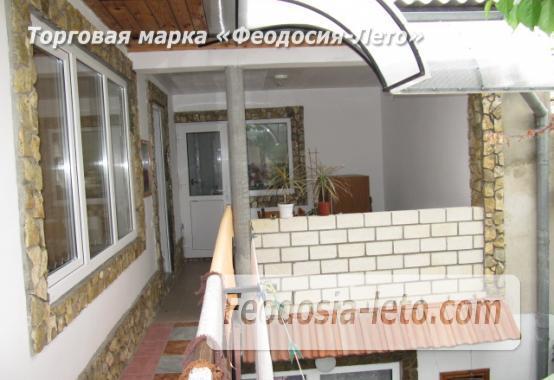Гостиница на Бульварной горке, улица Семашко в Феодосии - фотография № 4