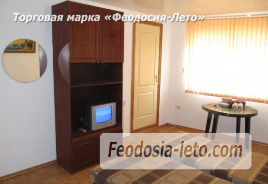 Гостиница на Бульварной горке, улица Семашко в Феодосии - фотография № 13