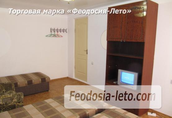 Гостиница на Бульварной горке, улица Семашко в Феодосии - фотография № 10