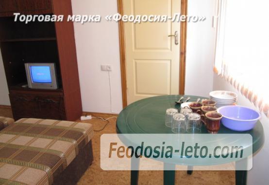 Гостиница на Бульварной горке, улица Семашко в Феодосии - фотография № 12
