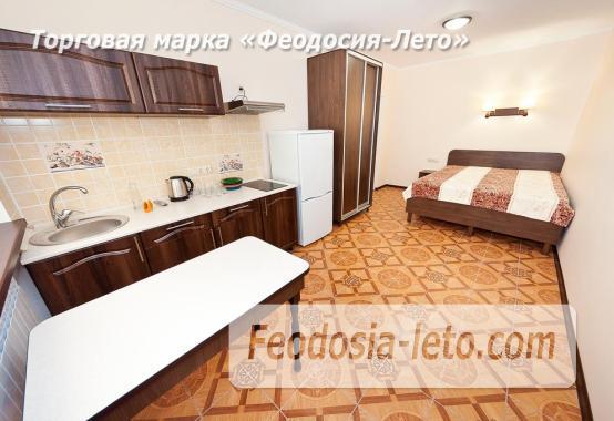Гостиница в г. Феодосия в Крыму на улице Семашко, номера с кухней - фотография № 4