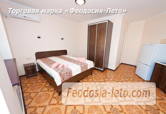 Гостиница в г. Феодосия в Крыму на улице Семашко, номера с кухней - фотография № 12