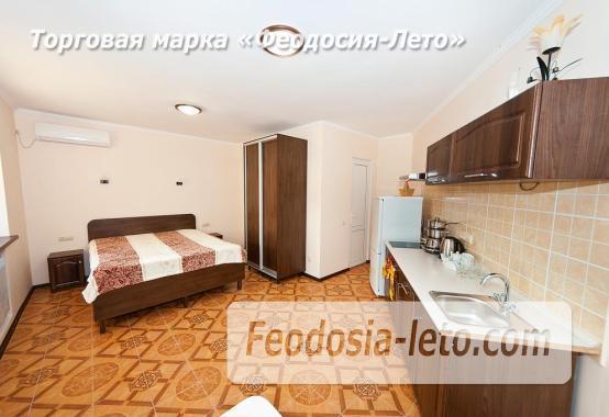 Гостиница в г. Феодосия в Крыму на улице Семашко, номера с кухней - фотография № 16
