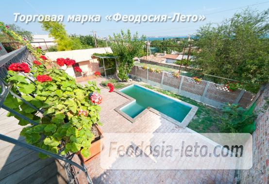 Гостиница с бассейном в Феодосии на улице Большевистская - фотография № 1
