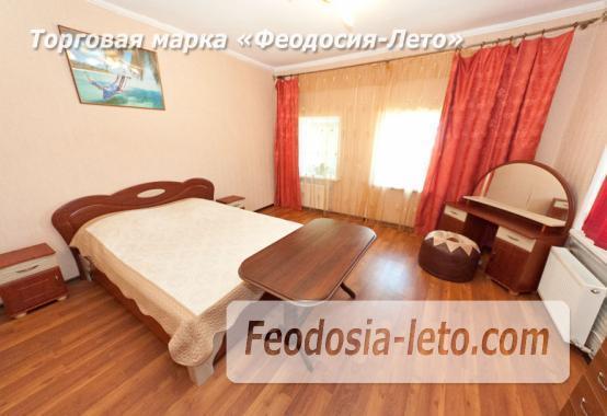 Гостиница с бассейном в Феодосии на улице Большевистская - фотография № 17
