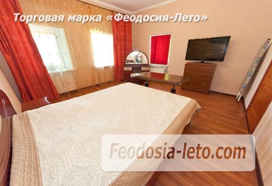 Гостиница с бассейном в Феодосии на улице Большевистская - фотография № 3