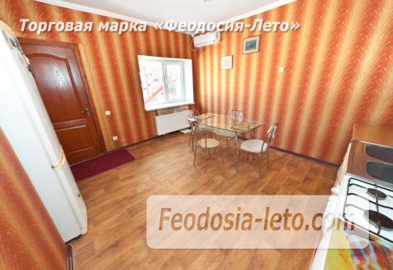 Гостиница с бассейном в Феодосии на улице Большевистская - фотография № 5